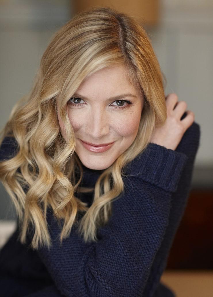lisa faulkner - photo #5