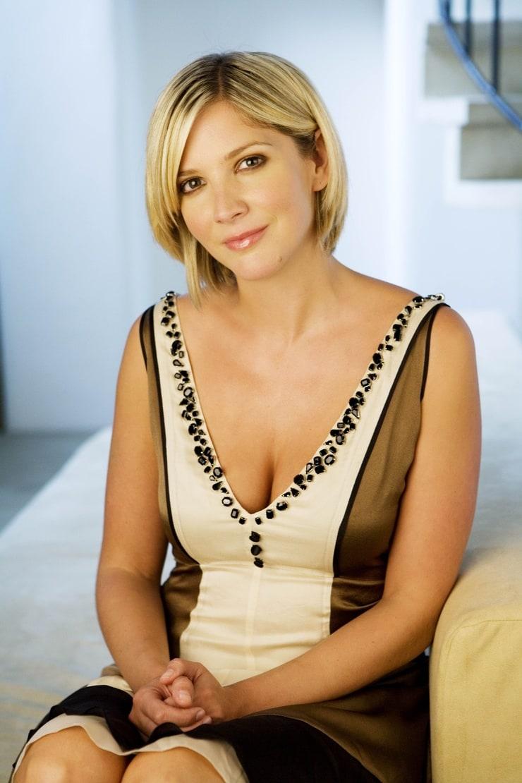 lisa faulkner - photo #12