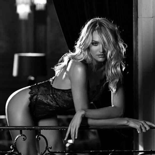 Candice Swanepoel - Valentines Day 2015