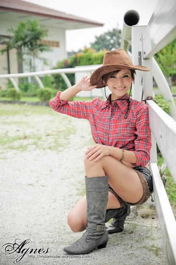 Agnes Lim