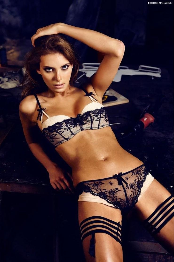 Leaked Joyce Verheyen nude (21 photo), Tits, Hot, Boobs, lingerie 2006