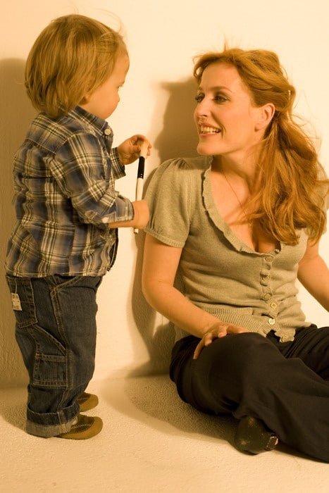 gillian anderson child