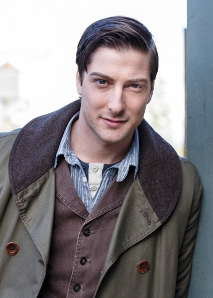 Picture of Daniel Lissing