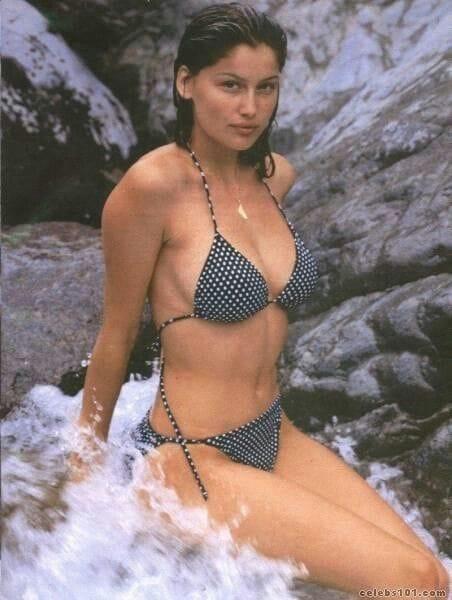 Laetitia casta in bikini sorry