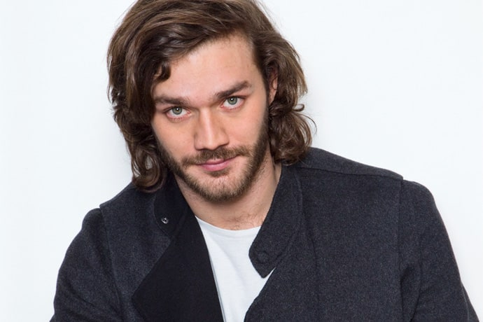 Lorenzo Richelmy earned a  million dollar salary - leaving the net worth at 2 million in 2018