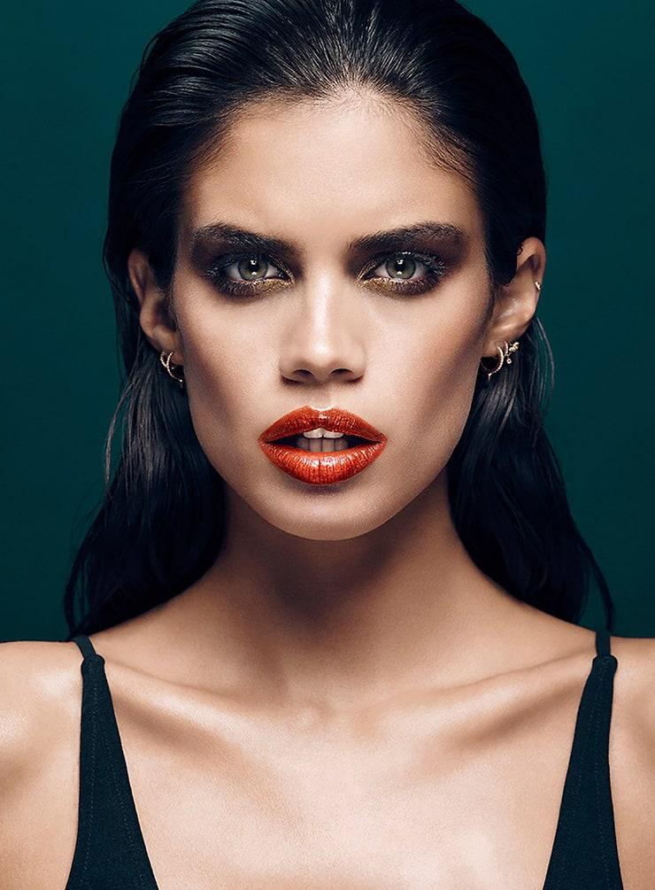 Picture Of Sara Sampaio