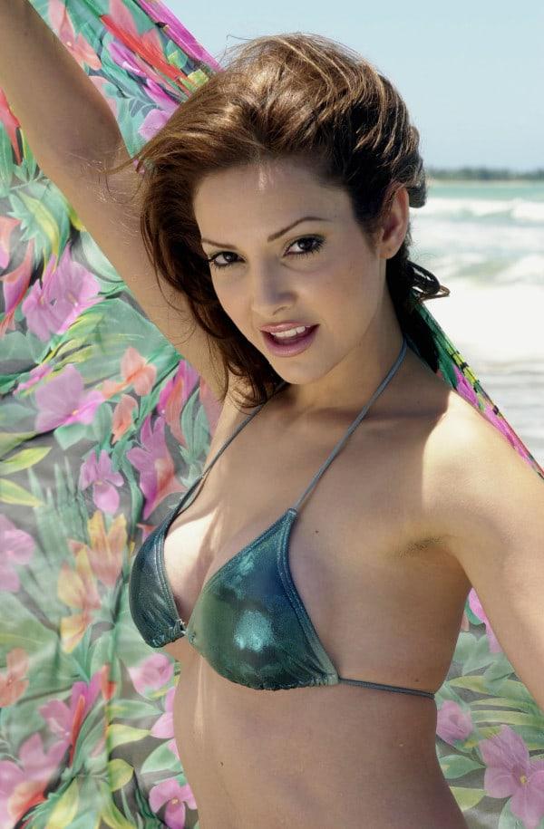 Celebrity Denise Qui Ones Naked Gif