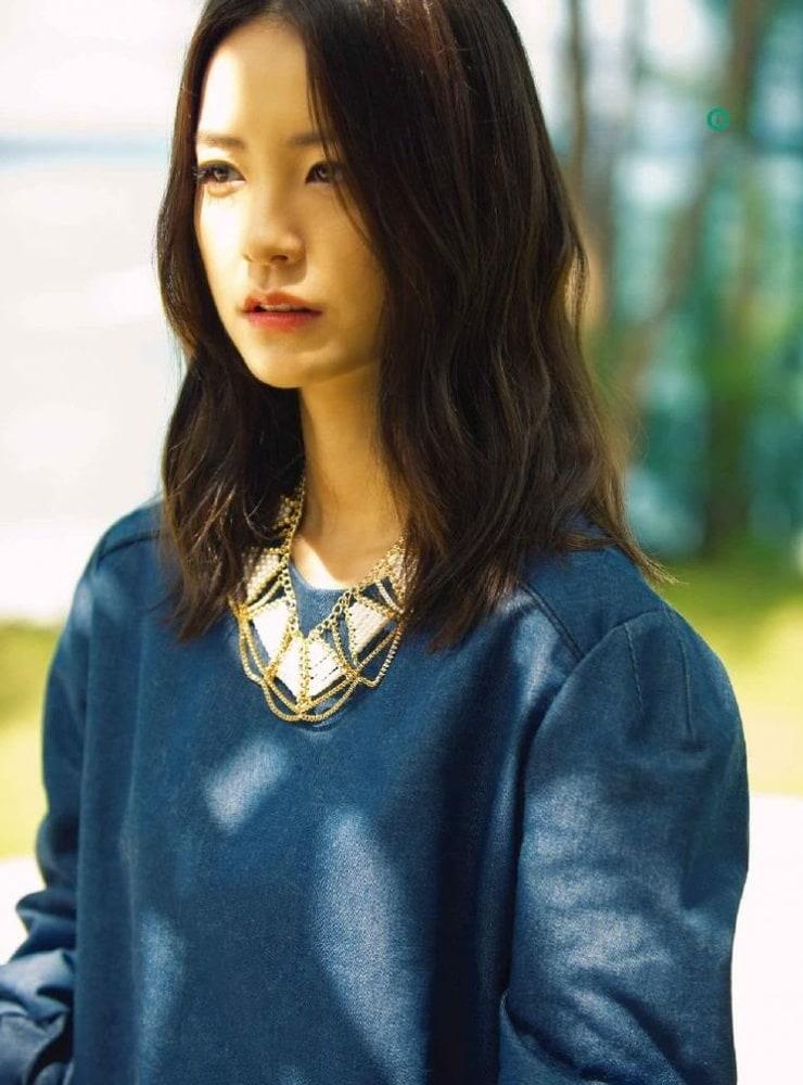 Yu-mi Jeong Nude Photos 46