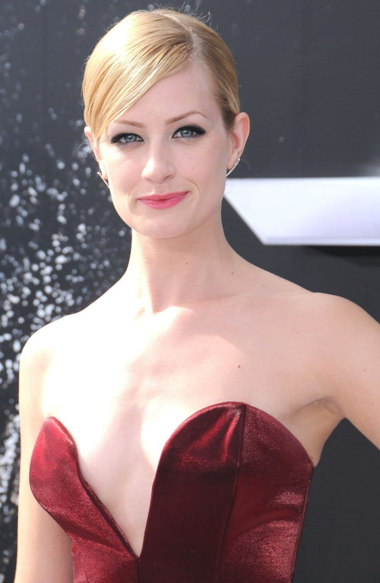 Picture of Beth Behrs