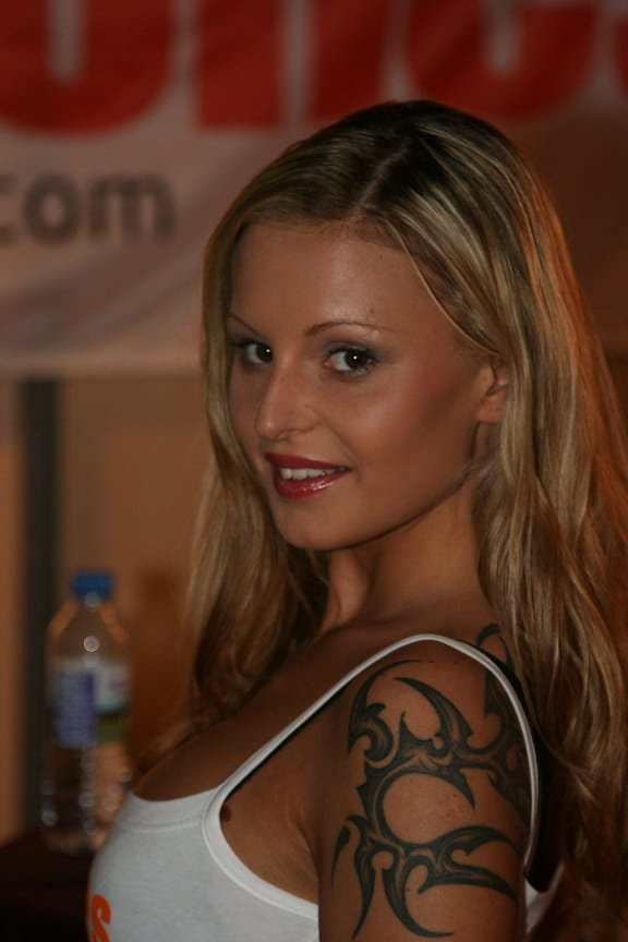 Lili Tiger Nude Photos 14
