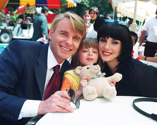Su siguiente producción memorable fue 'Vivan los niños' en 2002, un remake  de