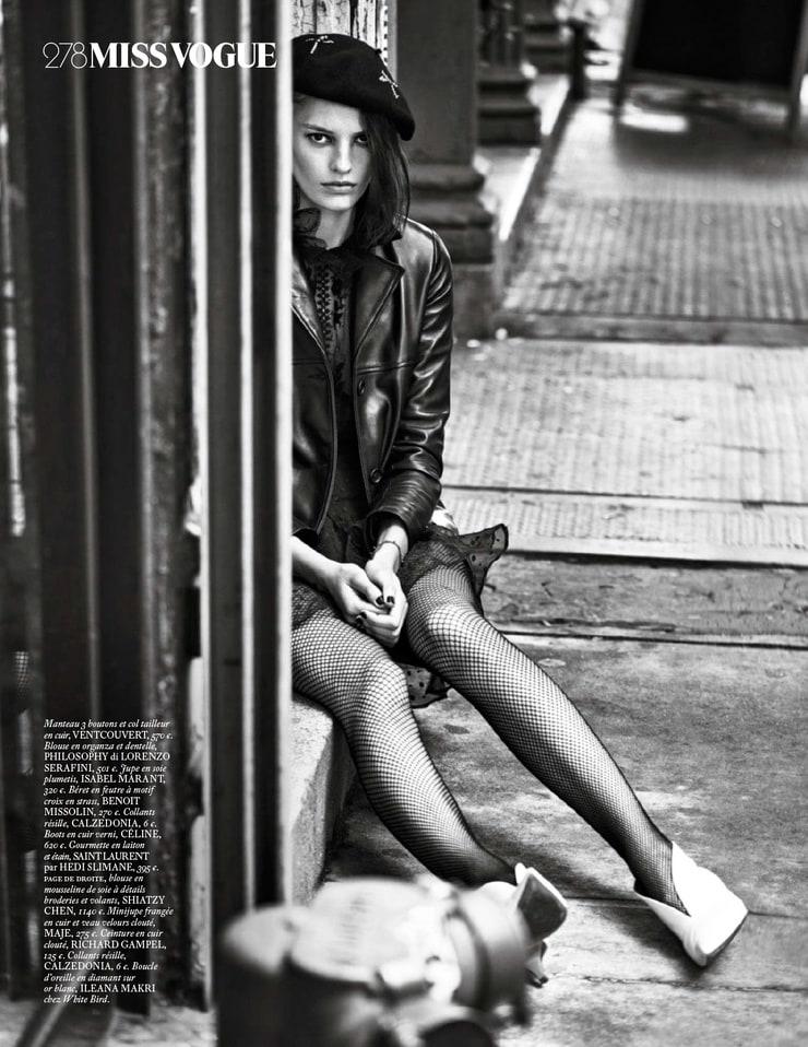 Supremacy: Top 50 Models - Página 5 740full-amanda-murphy