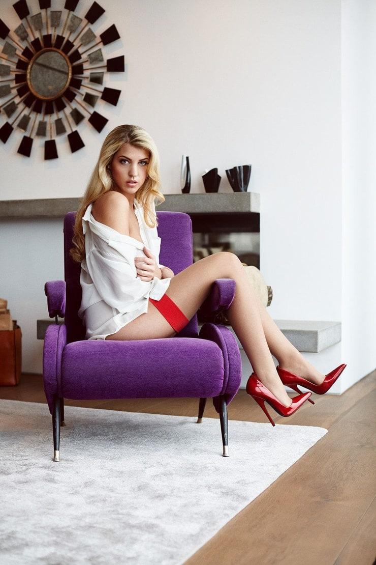 Picture of Sarah Nowak