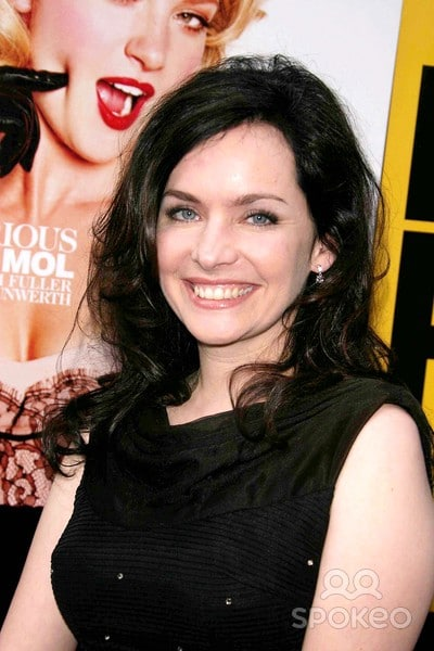 Guinevere Turner Nude Photos 98