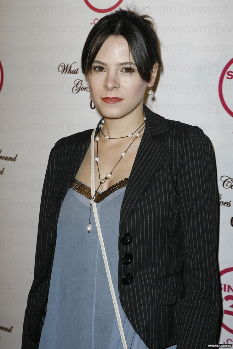 Elaine cassidy room with a view 7