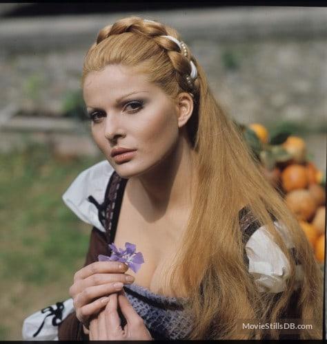 Simonetta Stefanelli Nude Photos 98