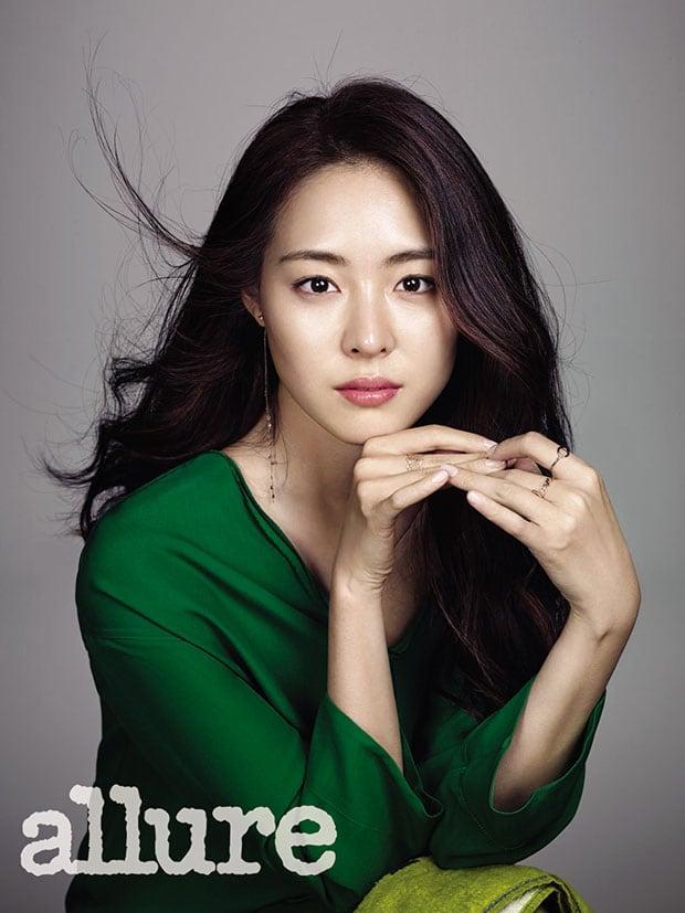 Yeon-hee Lee Nude Photos 85