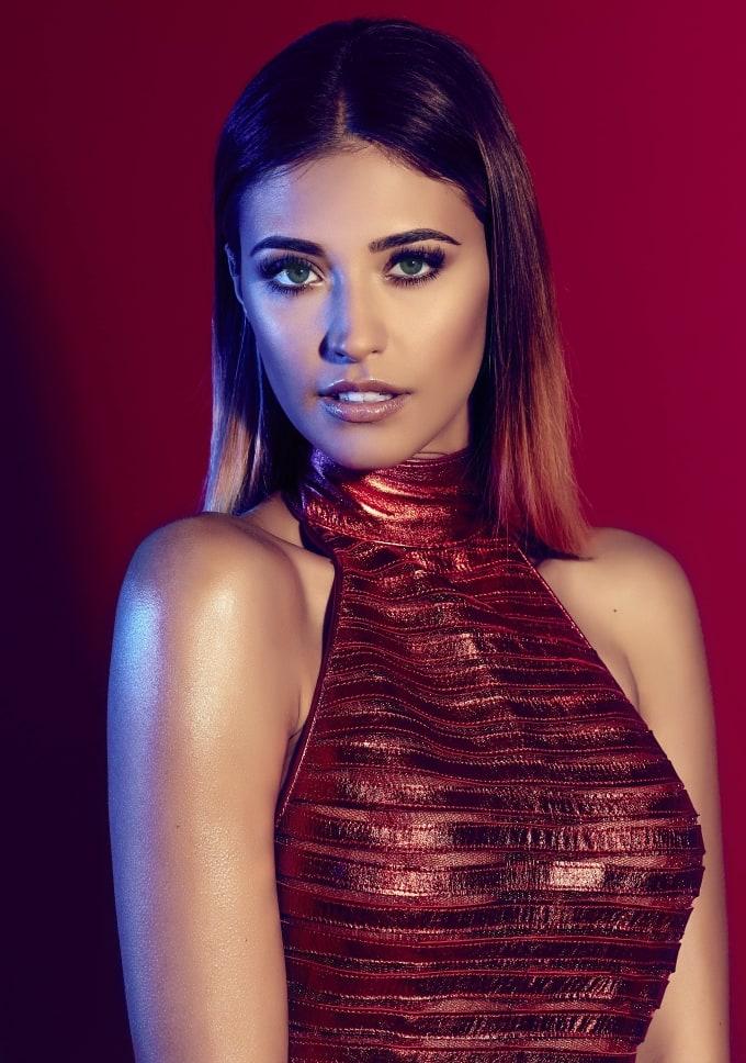 Antonia Deona picture 58