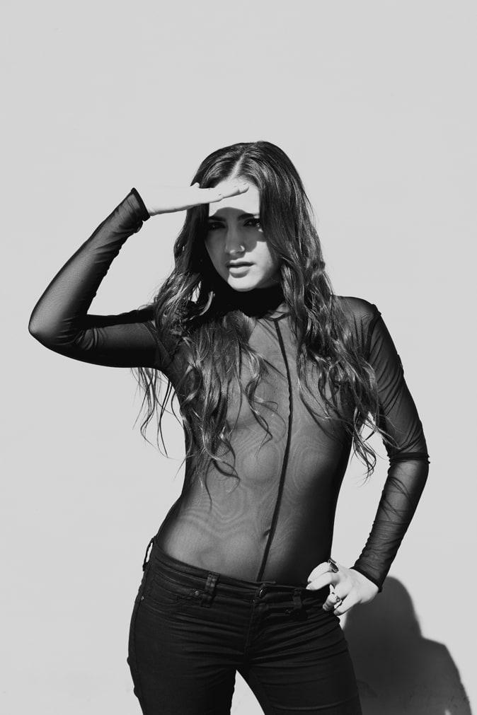 Nicole hitman nude model