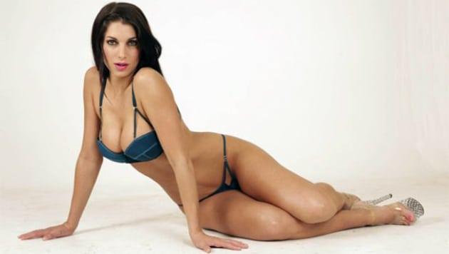 Valeria degenaro picture 7